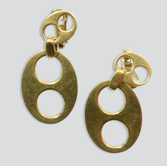 2014: Pair of Gold Pendant Earclips