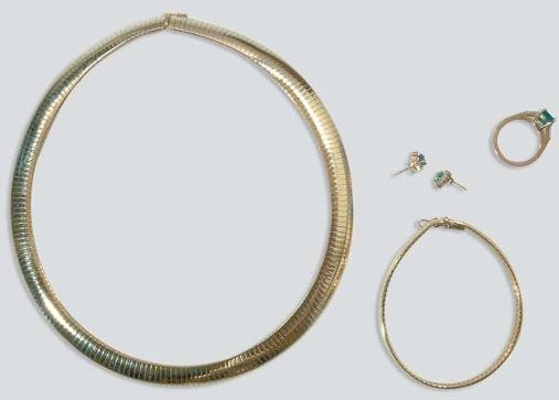 2022: Gold Necklace and Bracelet and Emerald and Diamon