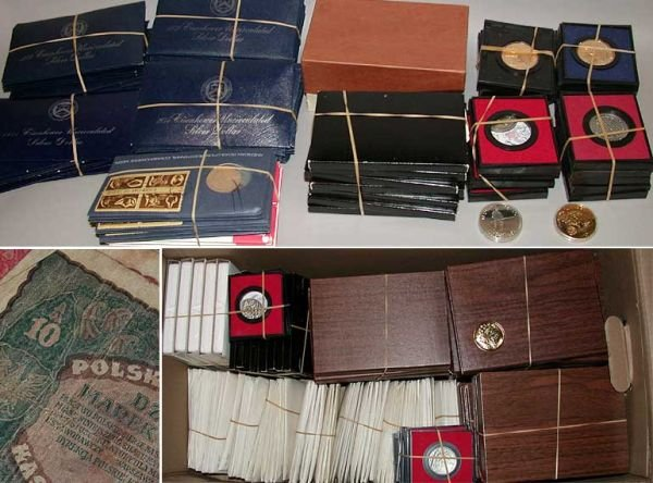 18: Group of Assorted Proof and Mint Sets and Currency