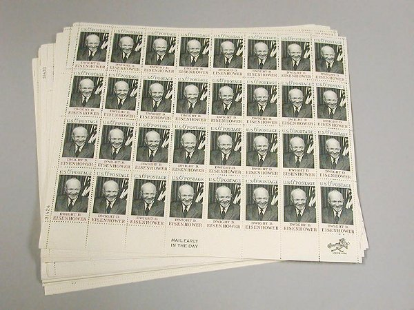 21: Group of US Postage Stamps