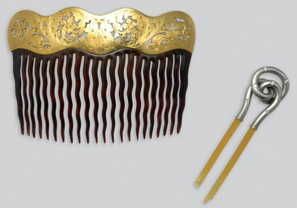 2001: Two Antique Combs