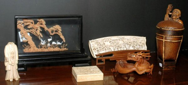 3316: Group of Chinese and Japanese Ivory and Wood Arti