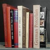 1252 BOOKS Group of ten modern art reference books