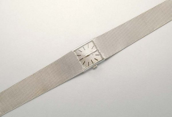 1011: White Gold Wristwatch