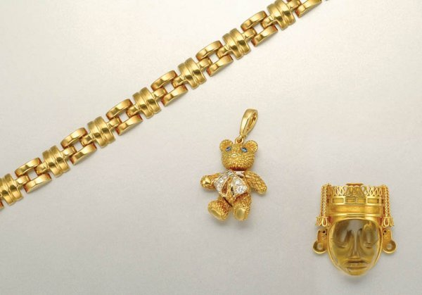 1015: Group of Gold, Gem-Set and Diamond Jewelry