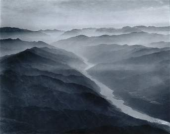 3062: KESSEL, DMITRI Yangtze River photographs. Group o