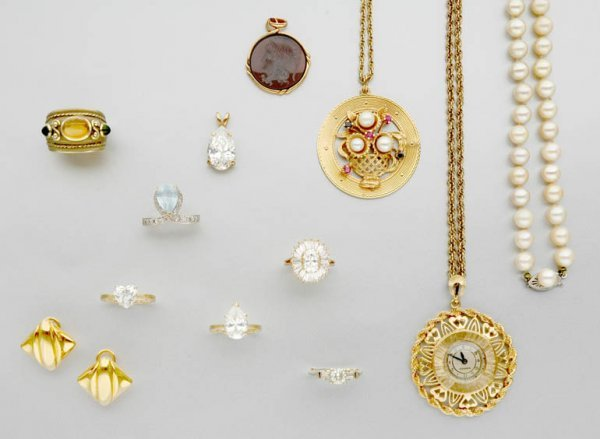 13A: Group of Assorted Gold and Metal Jewelry