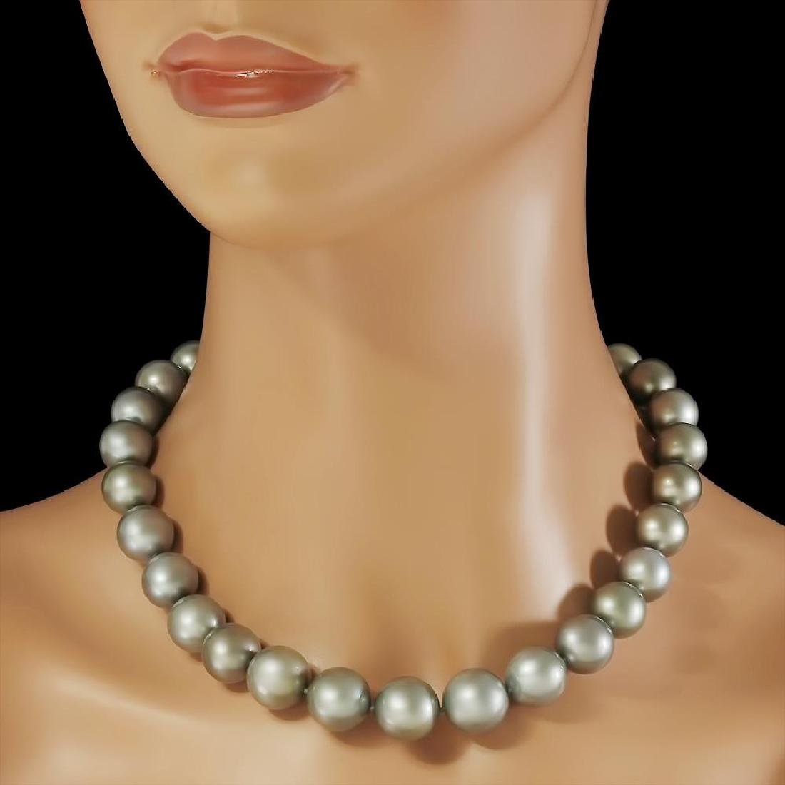 18K Gold Pearl 0.60ct Diamond Necklace - 2