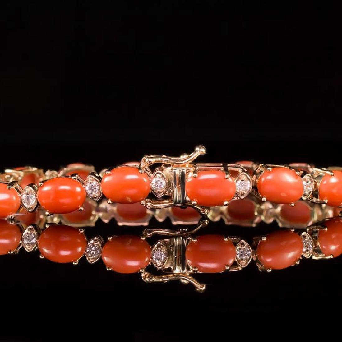 14K Gold 15.68ct Coral 0.80ct Diamond Bracelet - 3