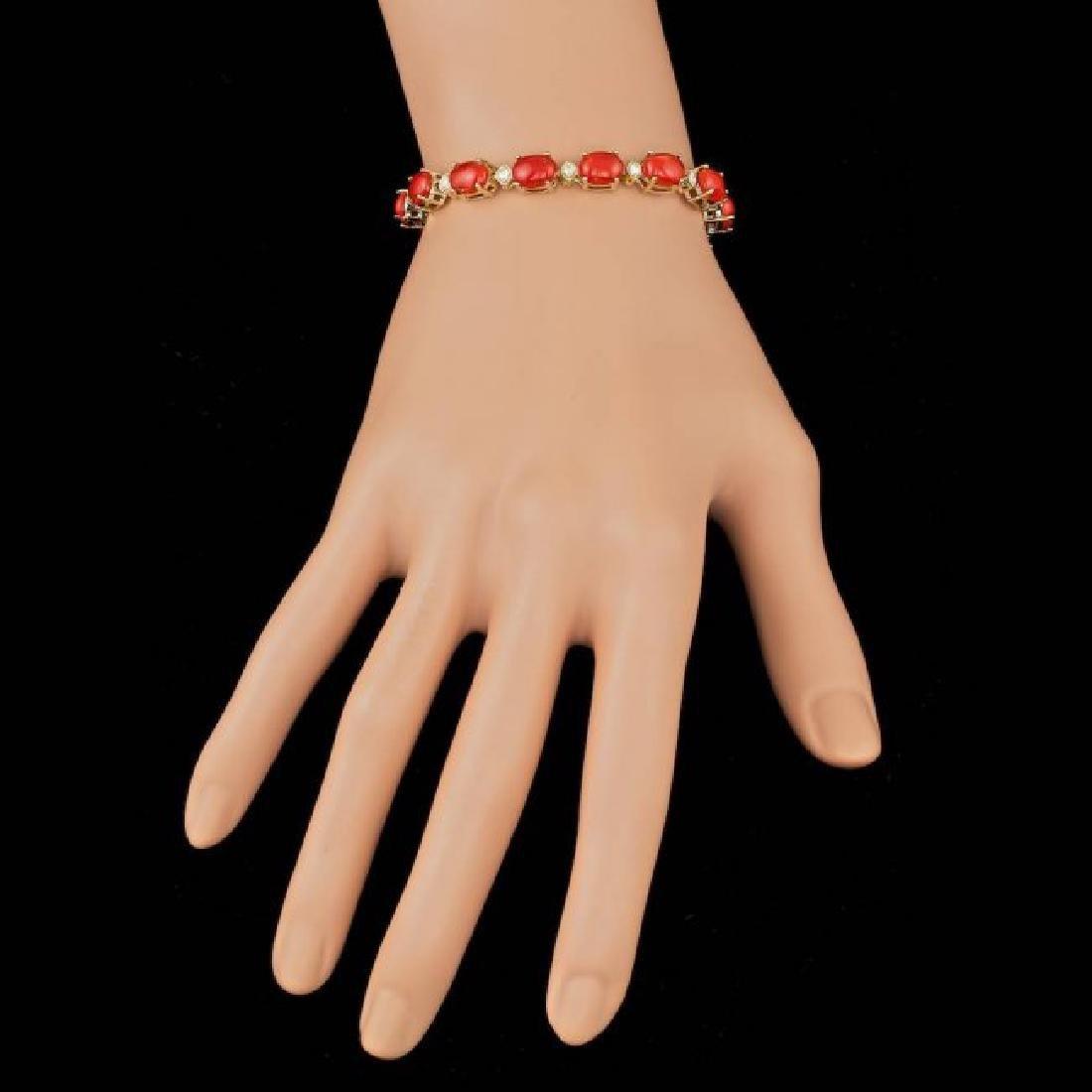 14k Gold 15.00ct Coral 0.80ct Diamond Bracelet - 5