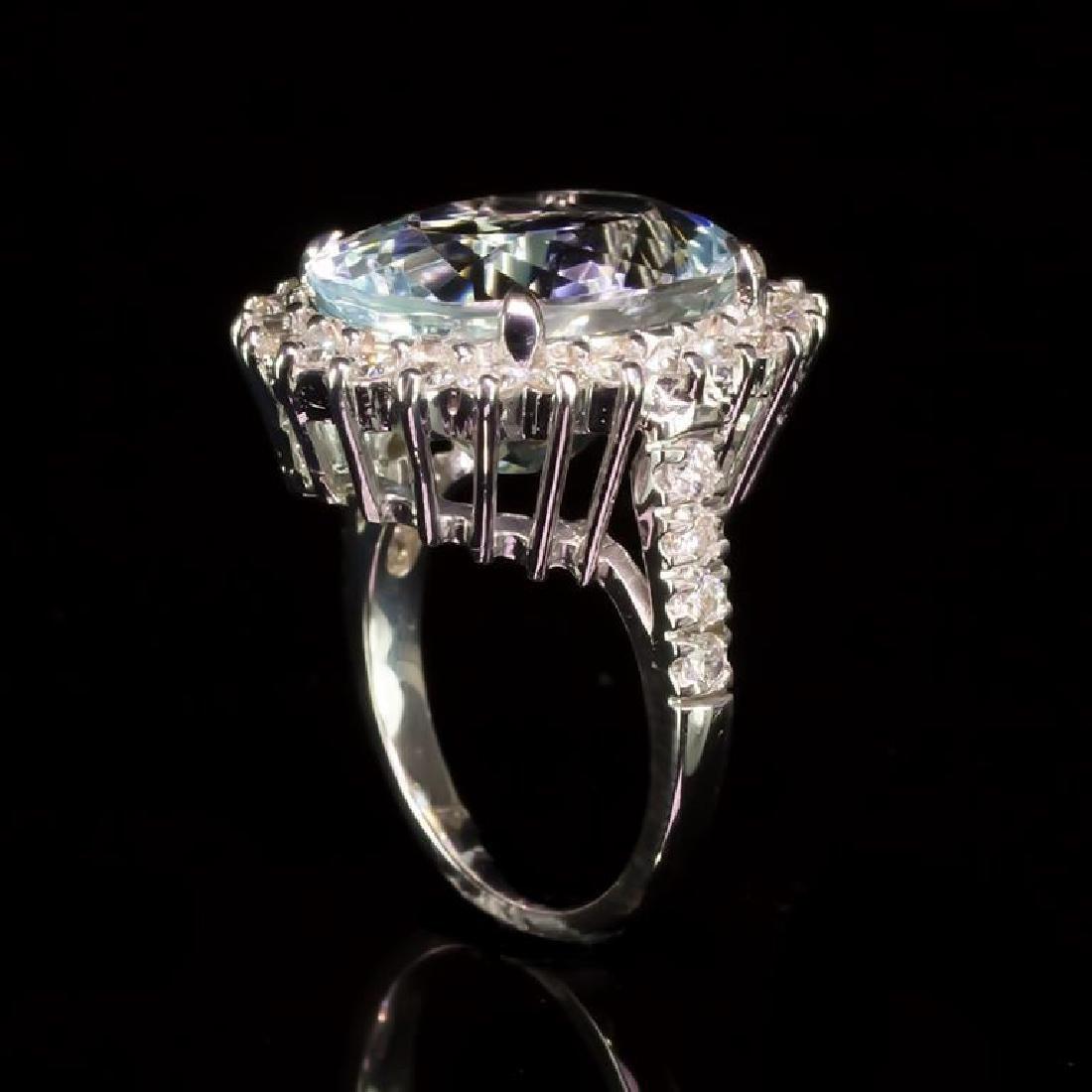 14K Gold 12.26ct Aquamarine 1.71ct Diamond Ring - 3