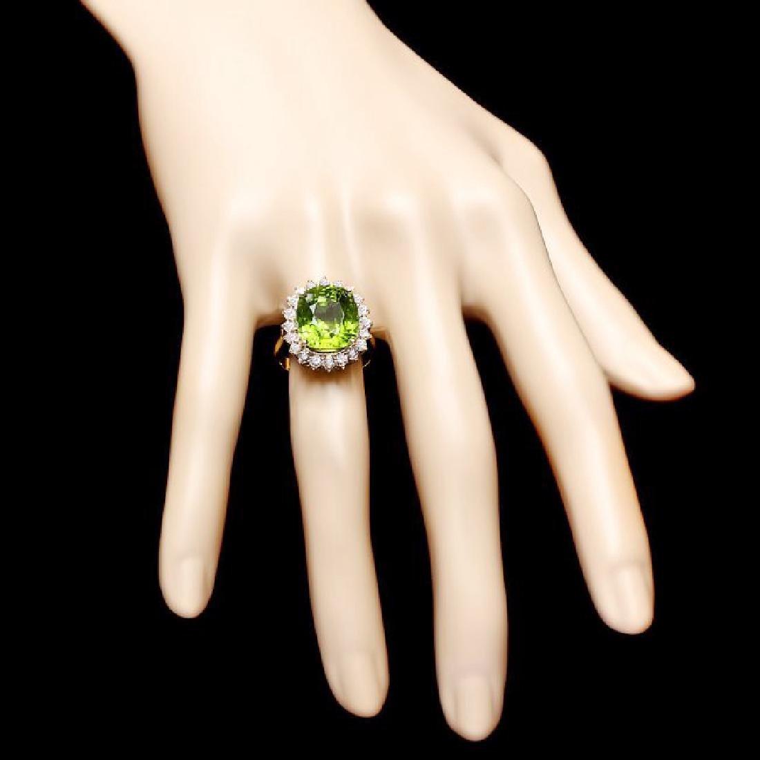 14k Gold 9.00ct Peridot 1.00ct Diamond Ring - 4