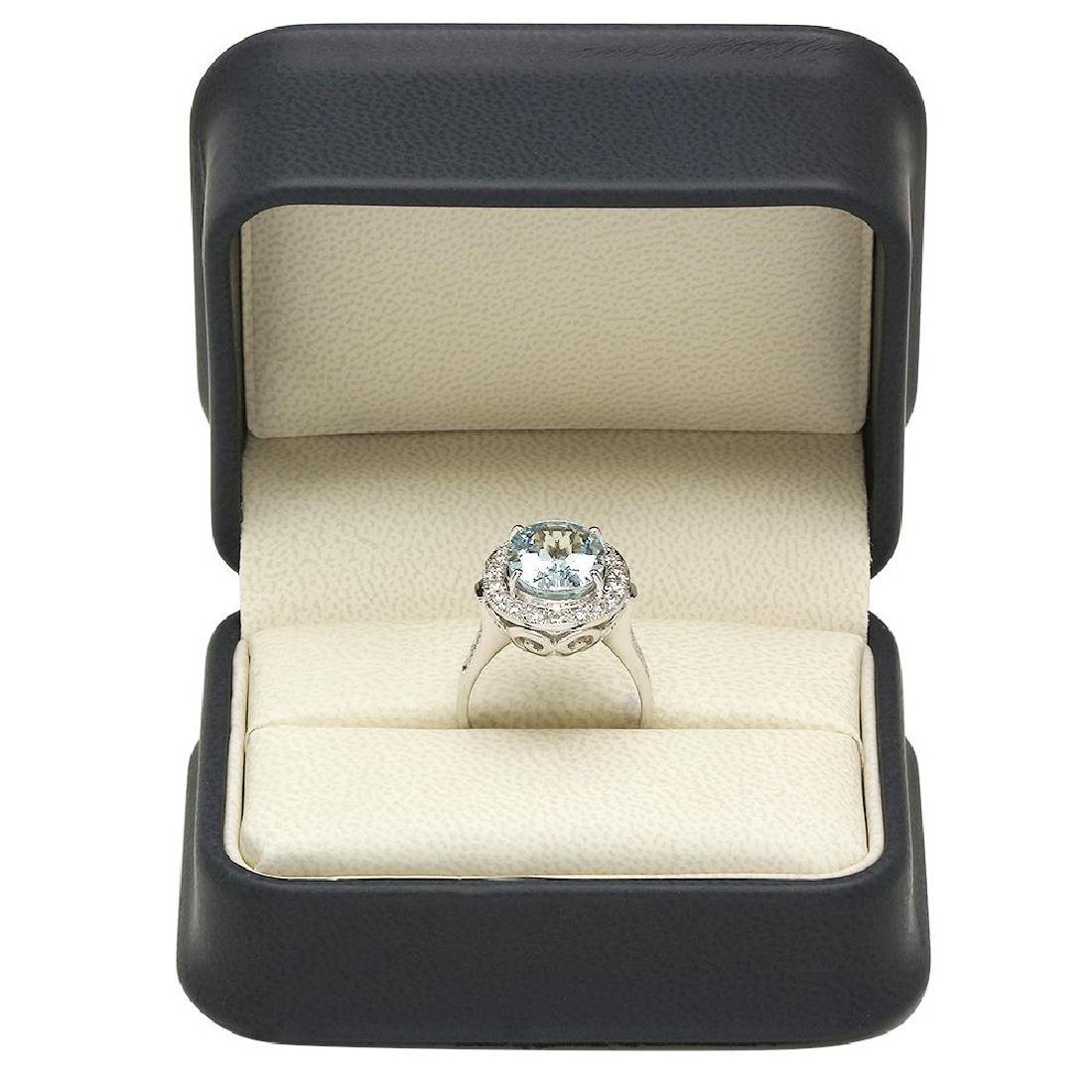 14K Gold 3.99ct Aquamarine 0.55ct Diamond Ring - 4