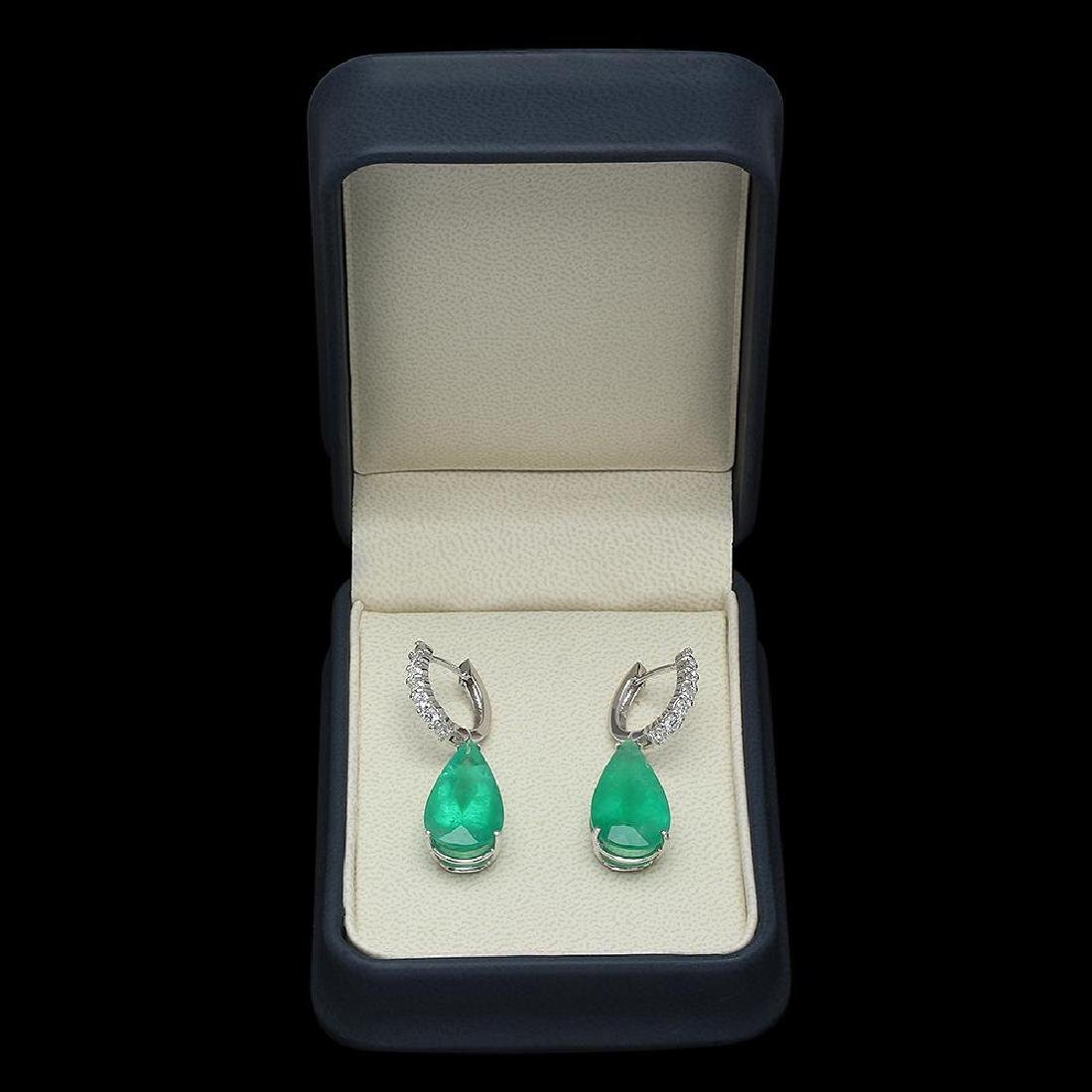 14K Gold 19.70ct Emerald 1.30ct Diamond Earrings - 3
