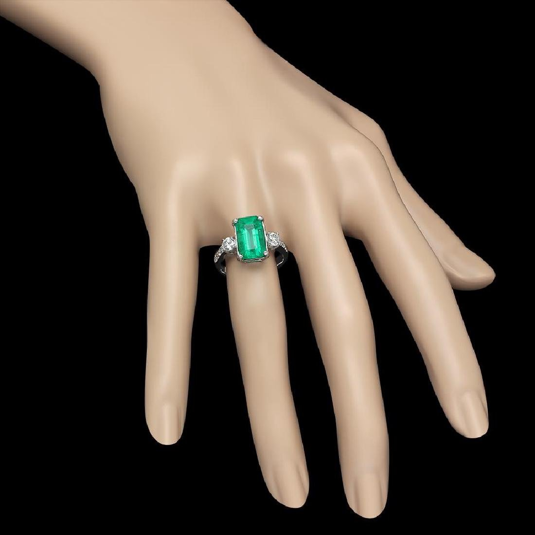 18K Gold 3.68 Emerald .61 Diamond Ring - 3
