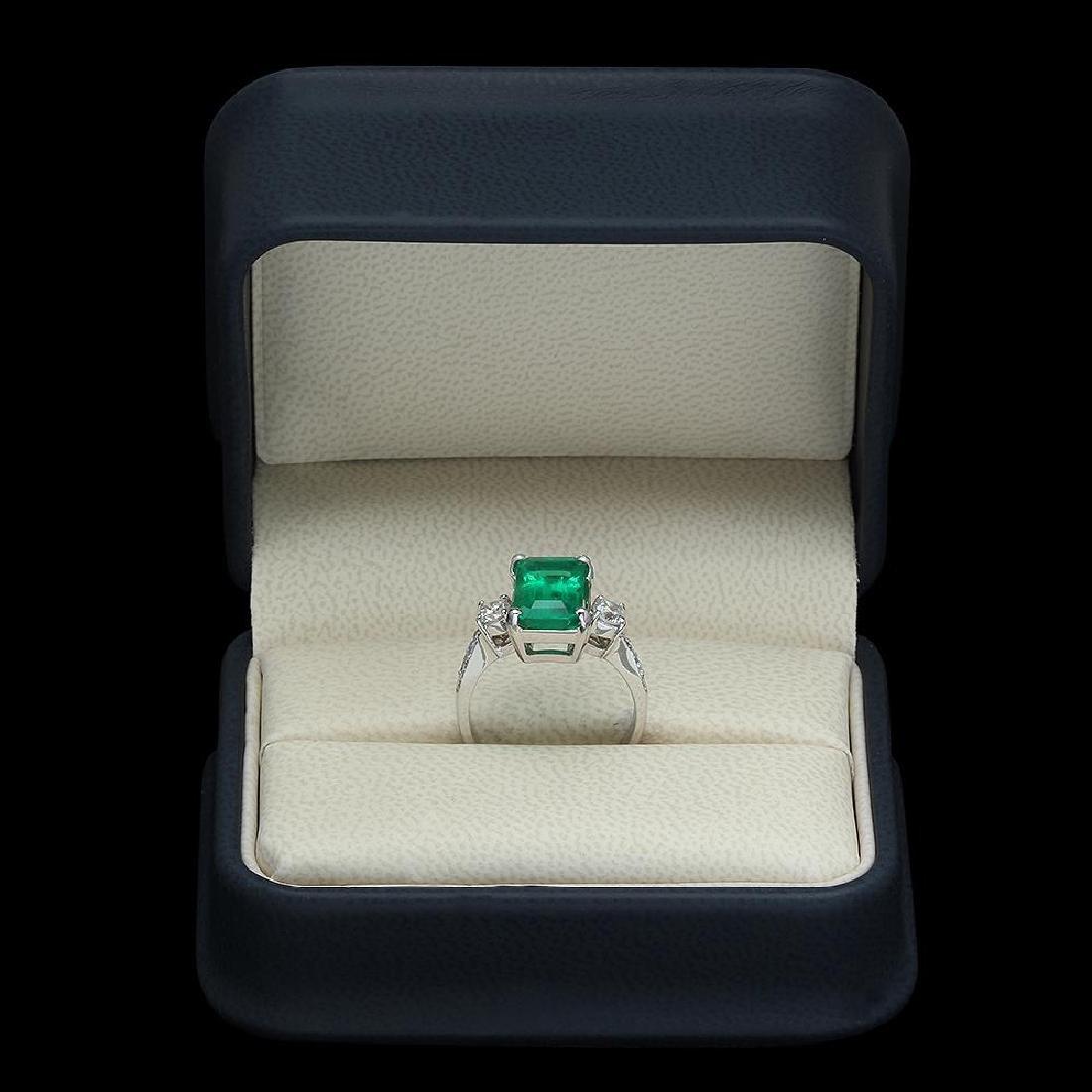 18K Gold 3.68 Emerald .61 Diamond Ring - 4