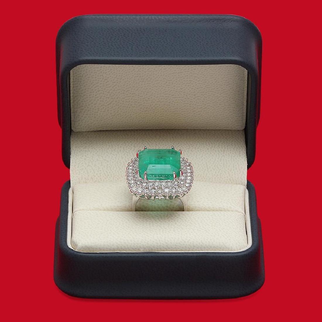 14K Gold 19.12 Emerald 2.75 Diamond Ring - 4