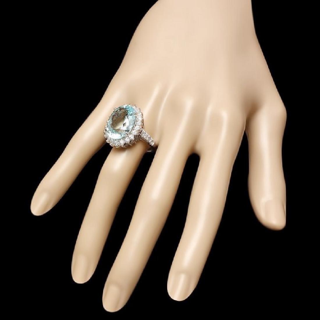 14k Gold 10.50ct Aquamarine 1.50ct Diamond Ring - 3