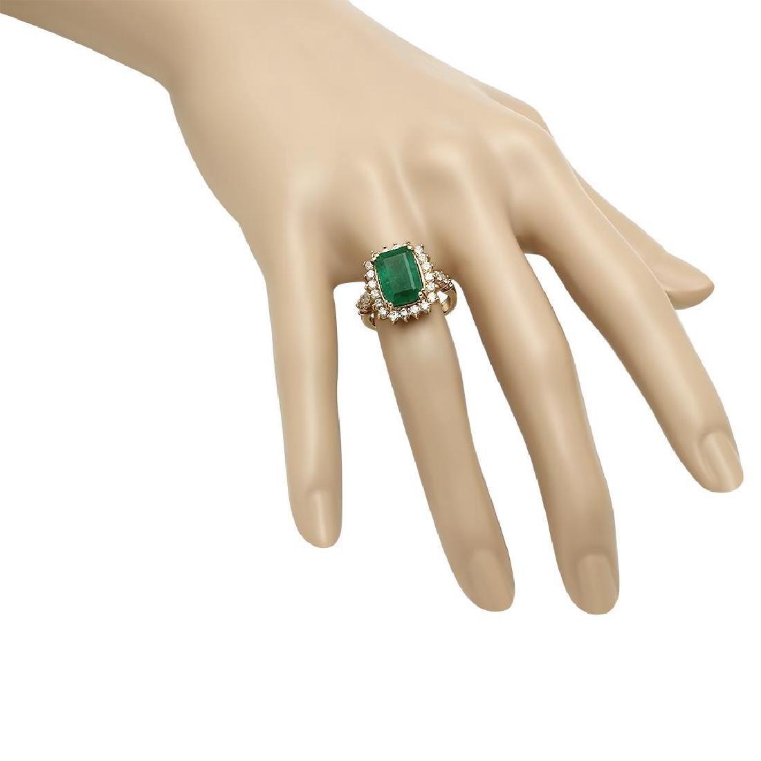 14K Gold 4.20ct Emerald 1.00ct Diamond Ring - 3