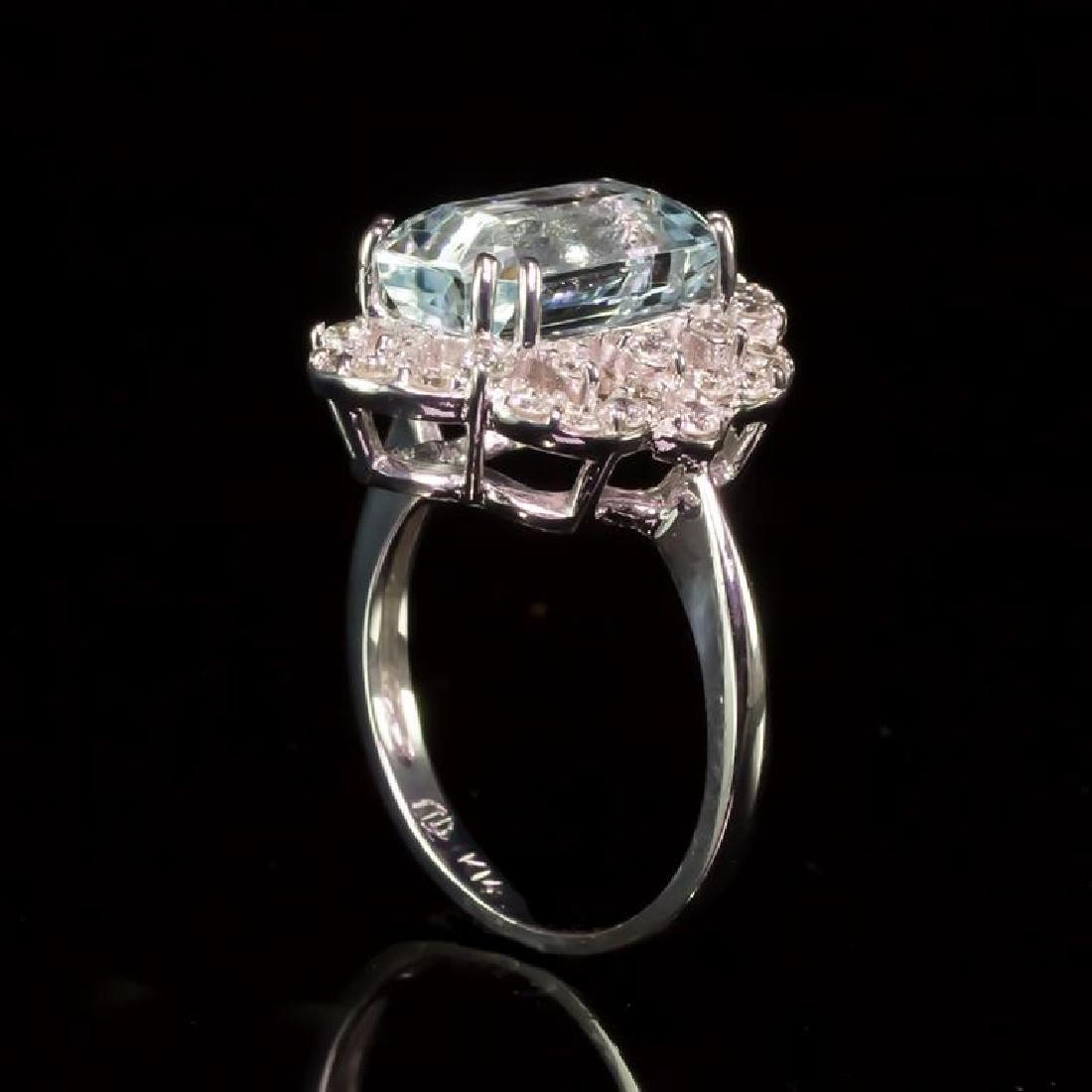14K Gold 6.50ct Aquamarine 0.80ct Diamond Ring - 3