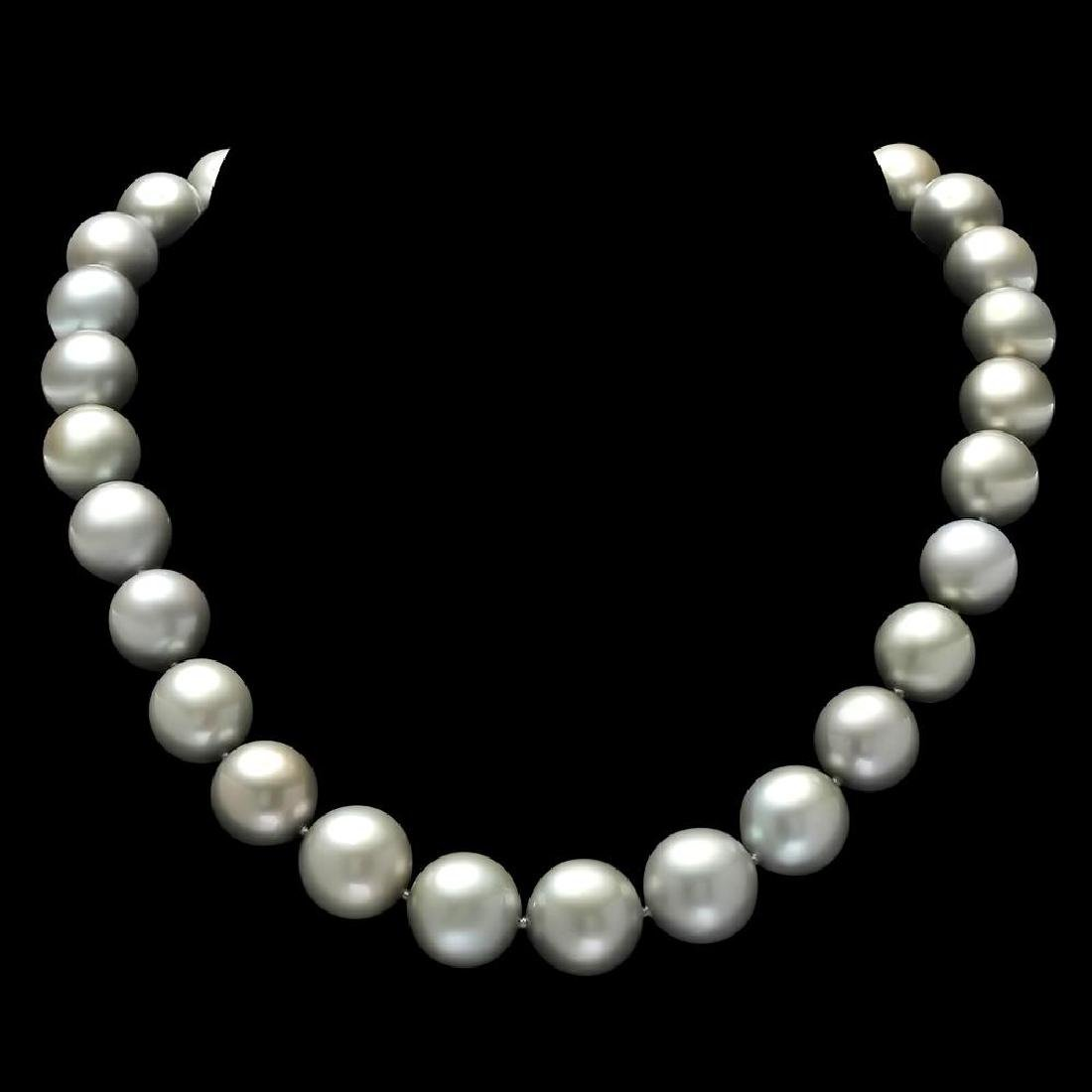 18K Gold Pearl 0.60ct Diamond Necklace