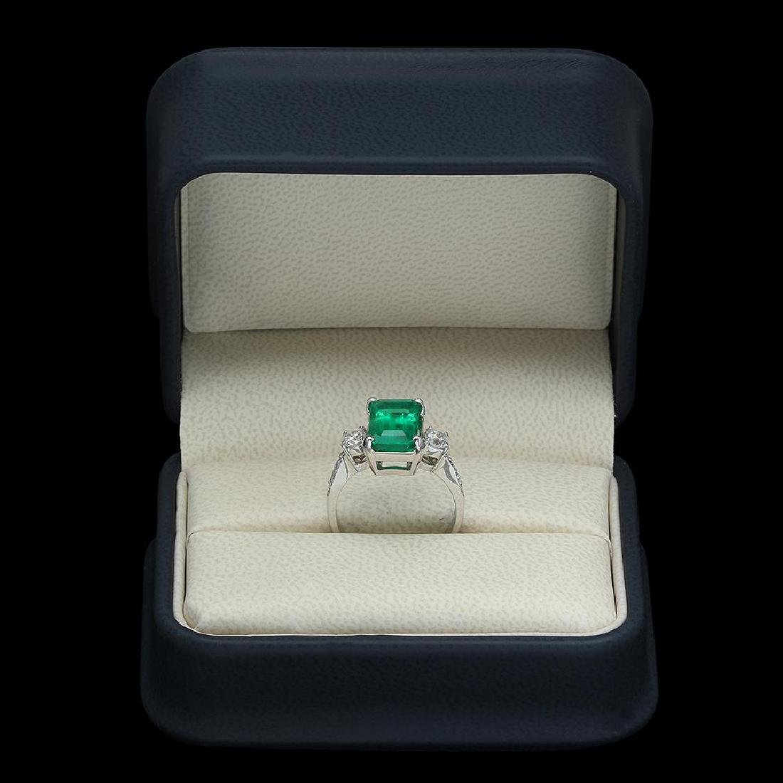 18K Gold 3.68 Emerald .61 Diamond Ring - 4