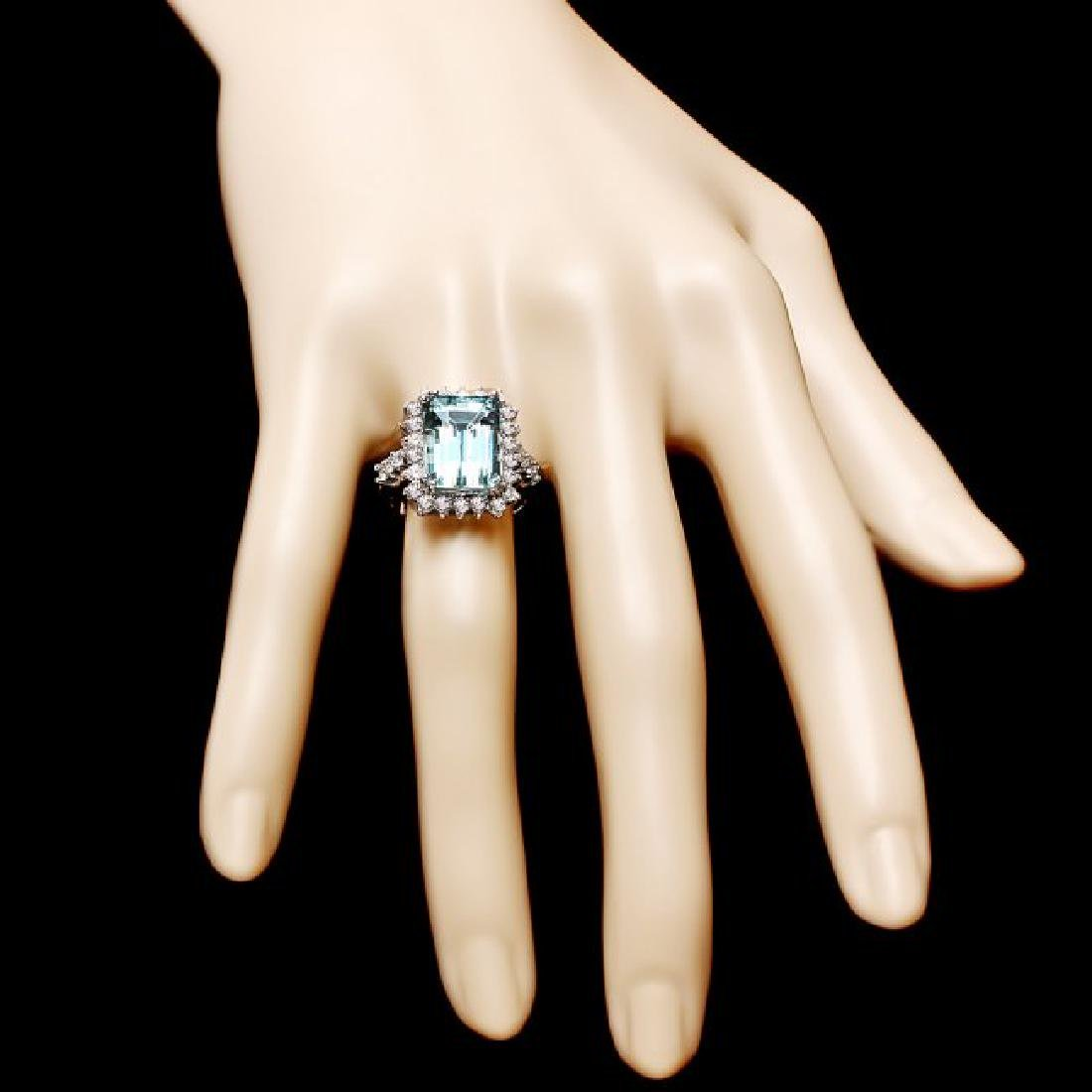 14k Gold 6.50ct Aquamarine 1.00ct Diamond Ring - 4