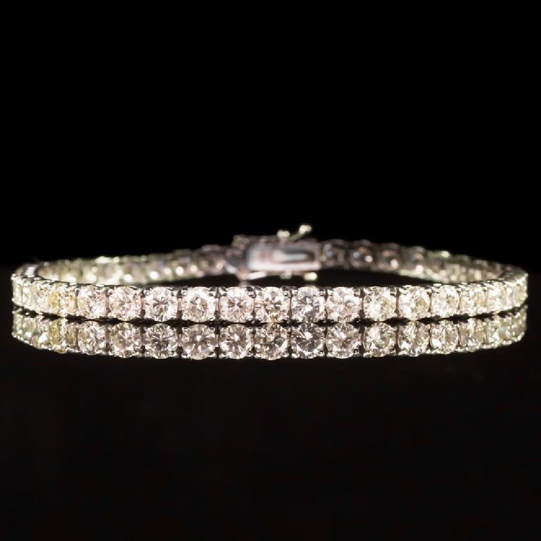 18K Gold 9.02ct Diamond Bracelet