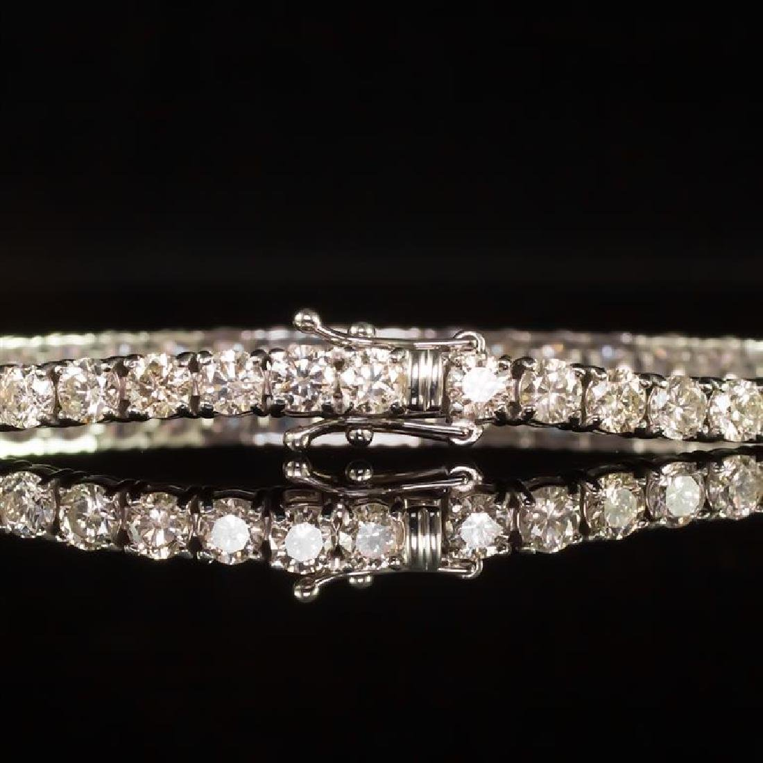 18K Gold 9.02ct Diamond Bracelet - 3