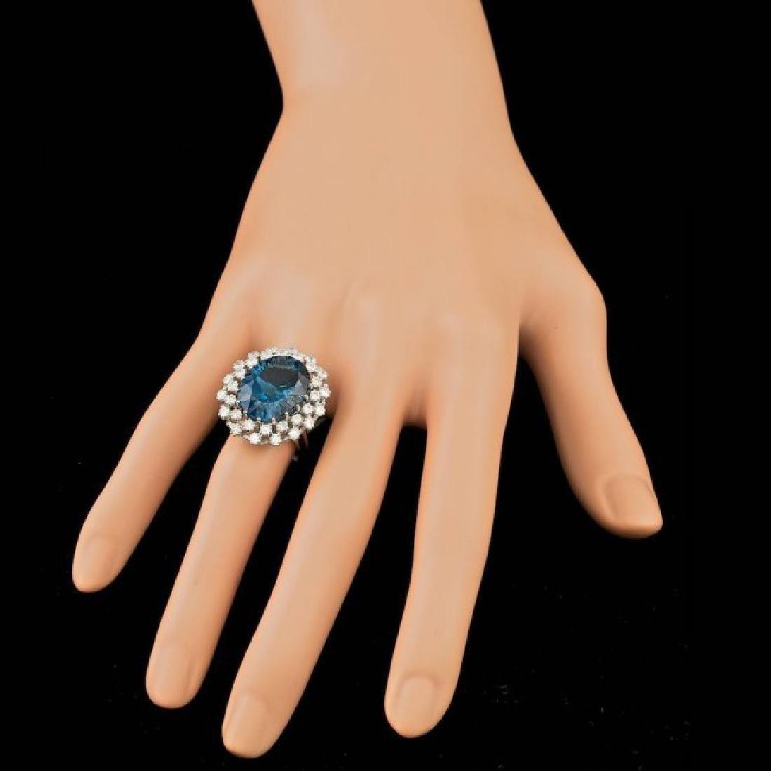 14k White Gold 11.50ct Topaz 1.50ct Diamond Ring - 3