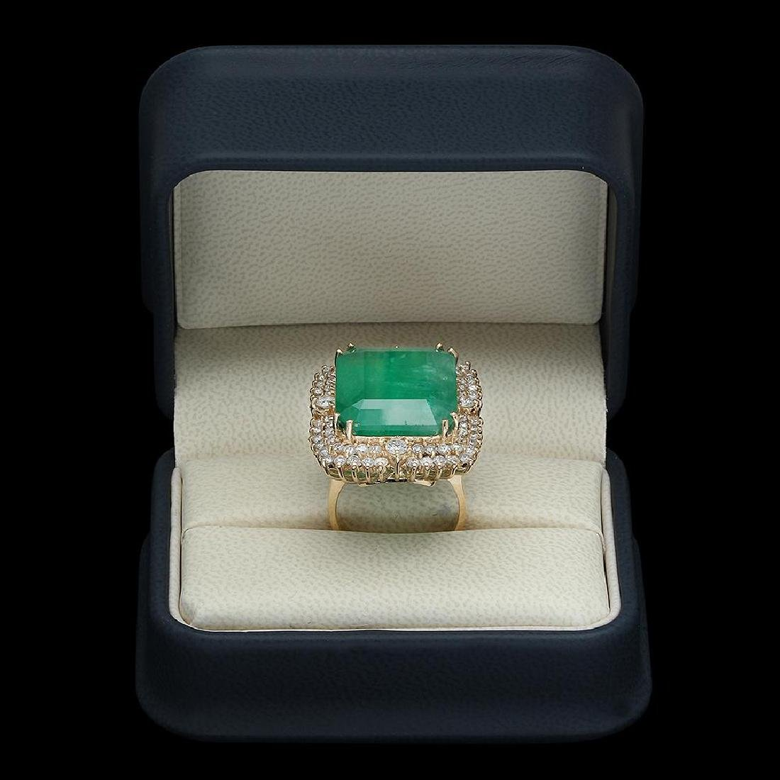 14K Gold 29.27 Emerald 2.52 Diamond Ring - 4