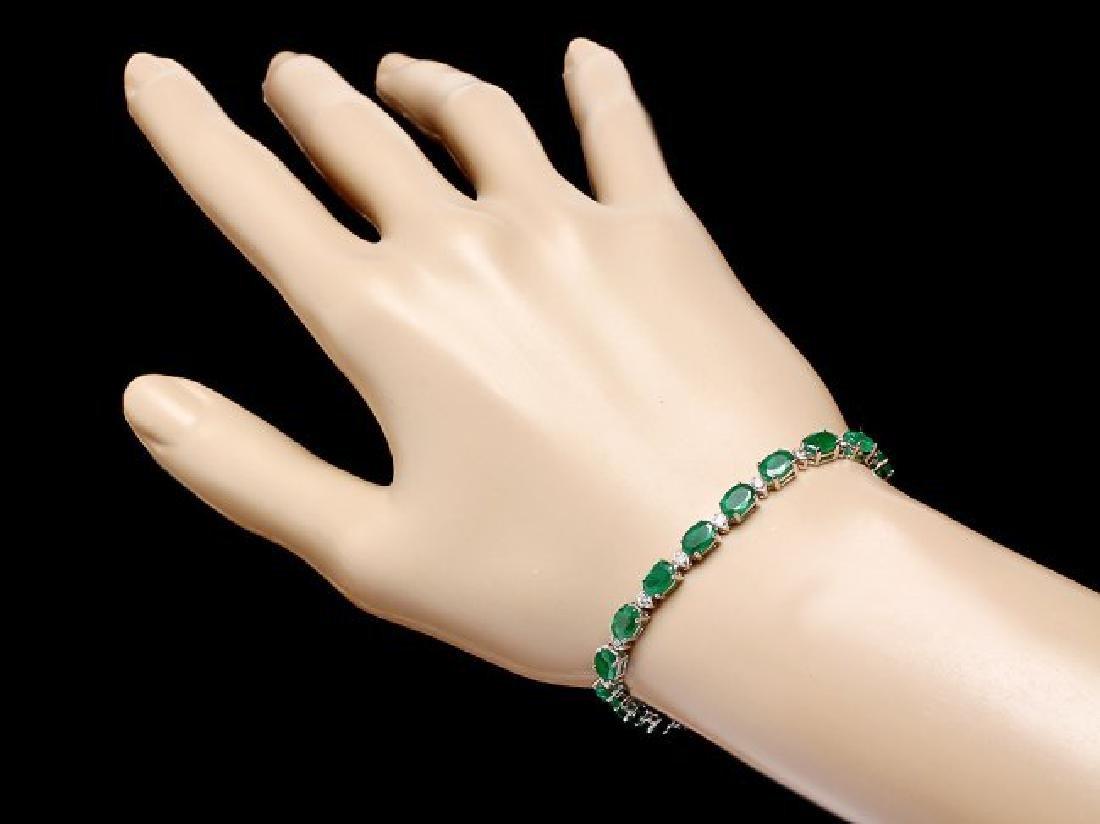 18k Gold 11ct Emerald 0.60ct Diamond Bracelet - 4
