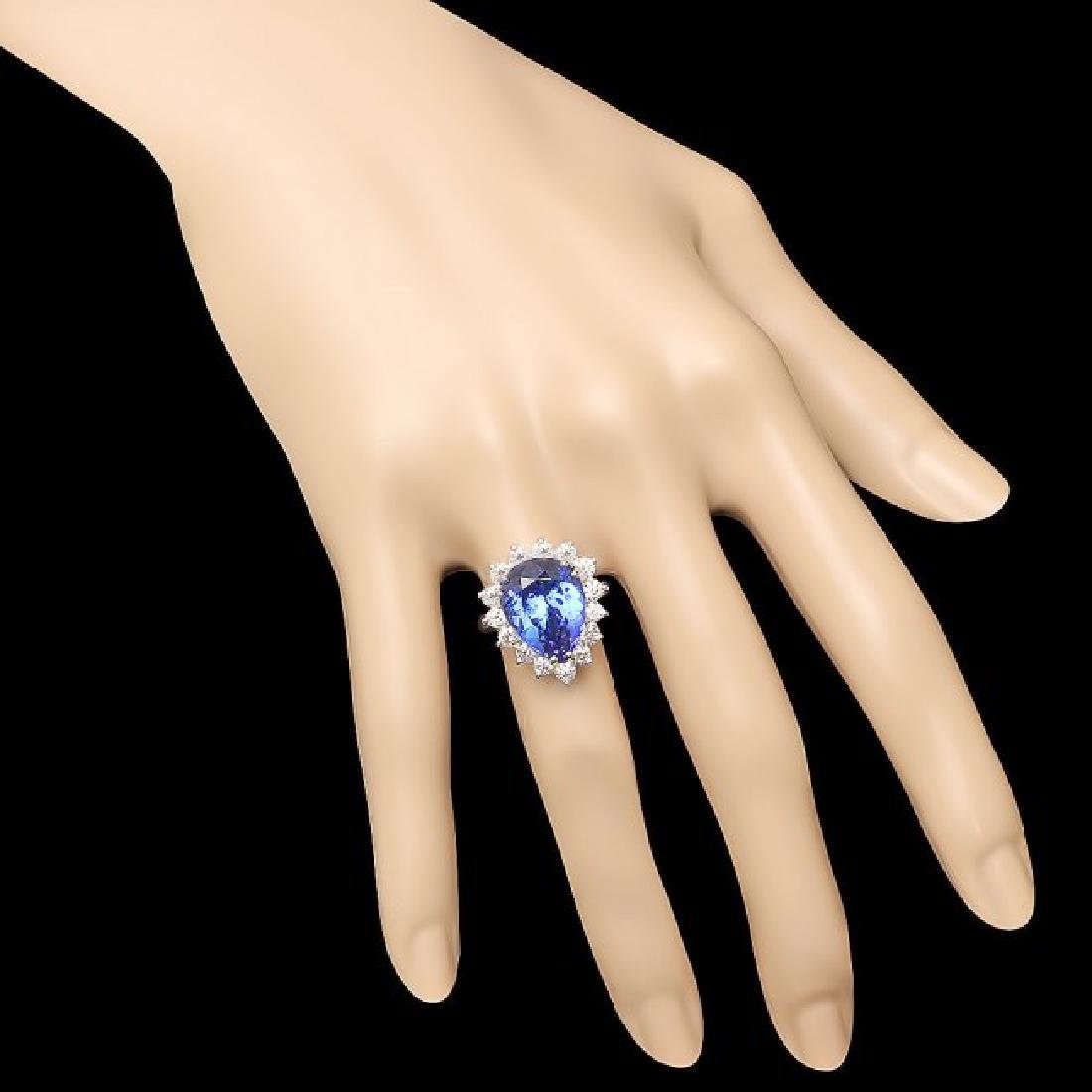 18k Gold 9.00ct Tanzanite 1.35ct Diamond Ring - 4