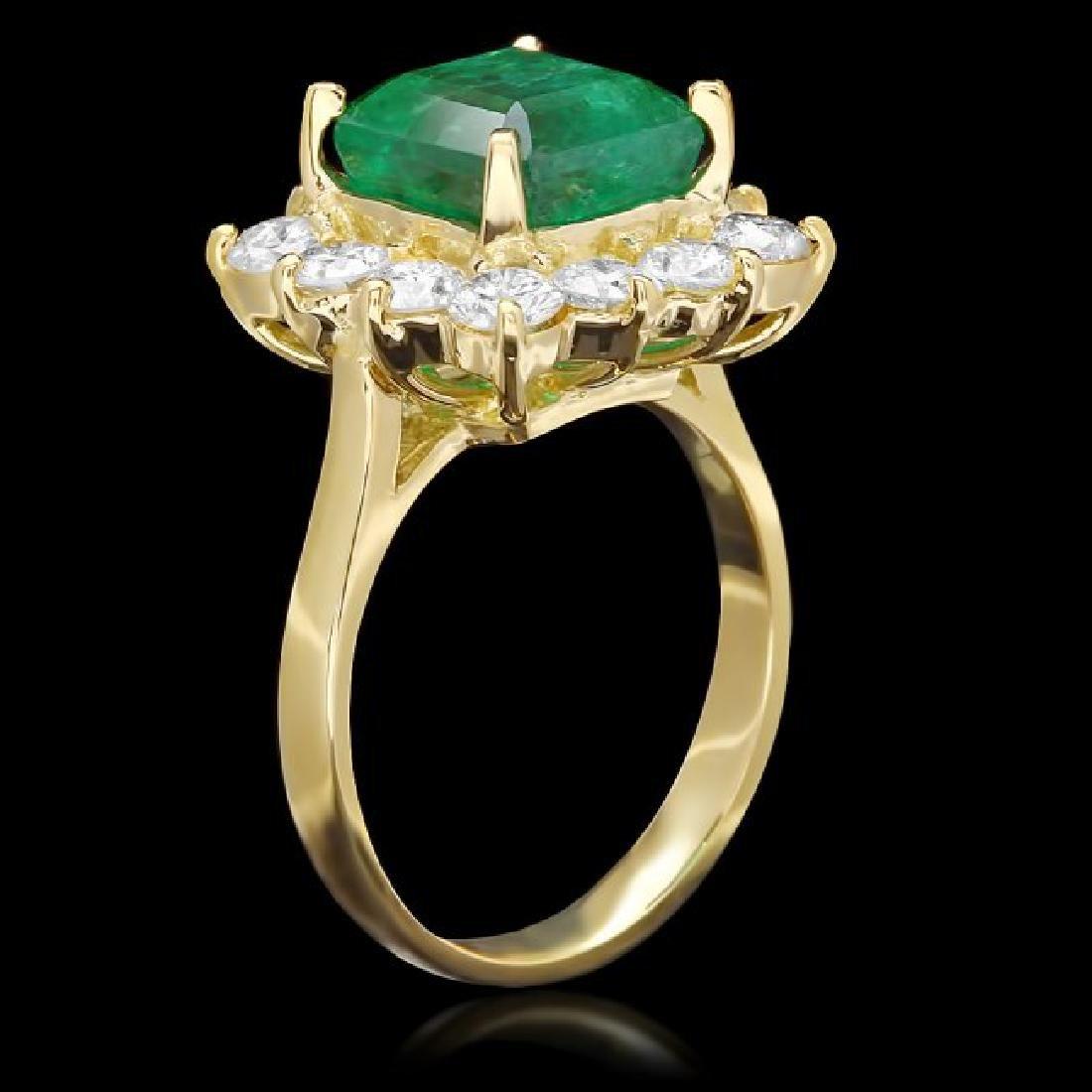 18k Gold 4.00ct Emerald 1.90ct Diamond Ring - 2