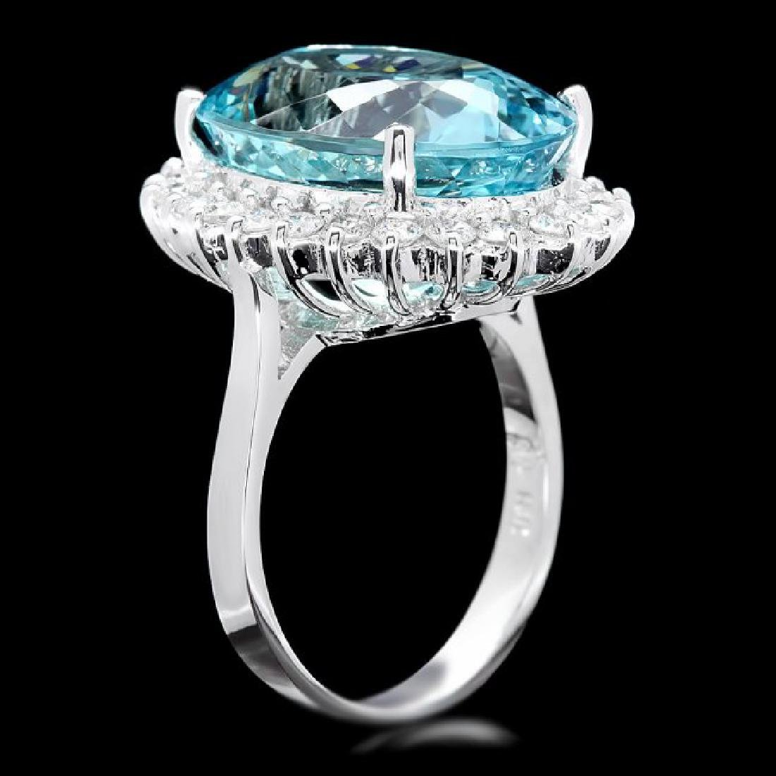18k Gold 13ct Aquamarine 0.90ct Diamond Ring - 3