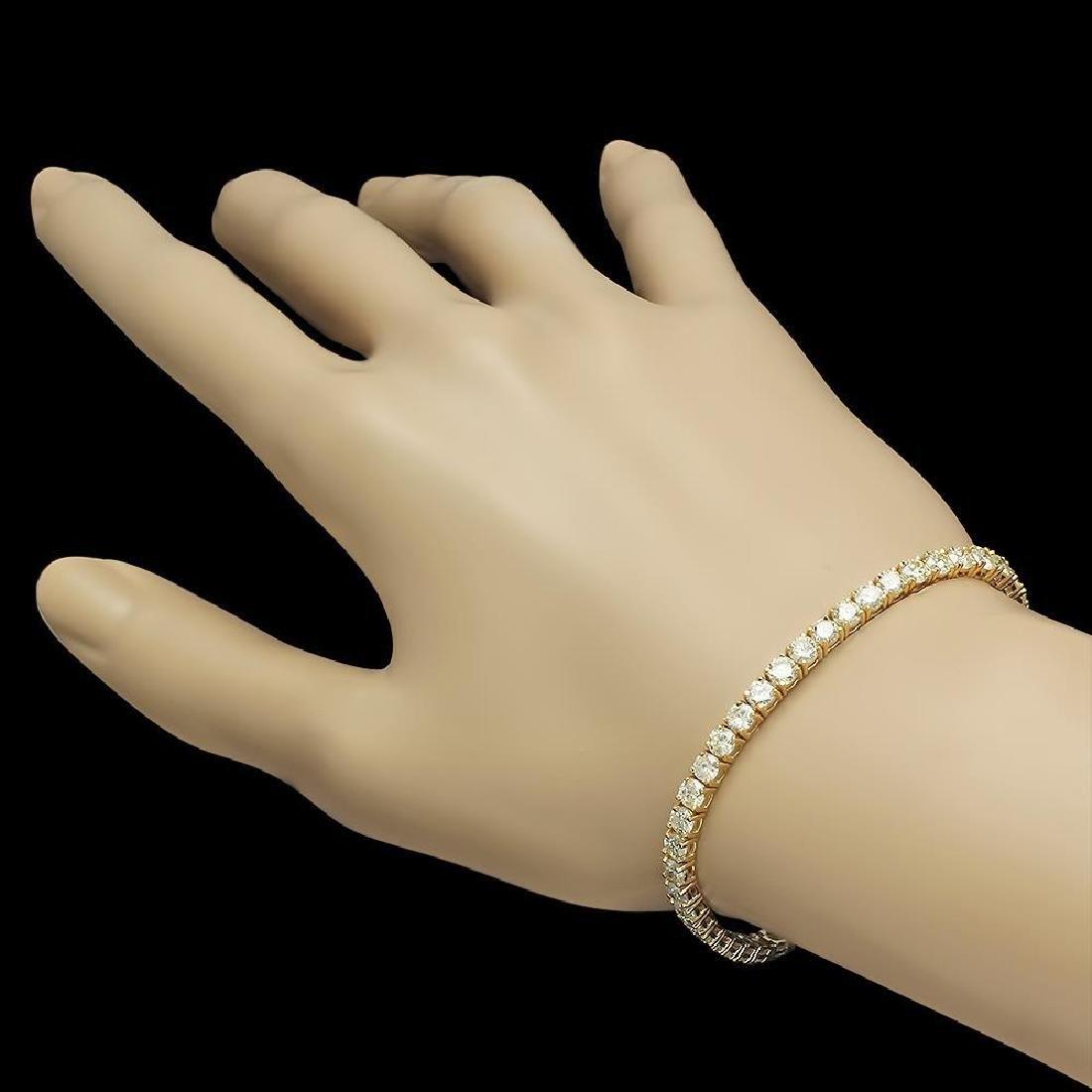 18K Gold 7.85ct Diamond Bracelet - 2