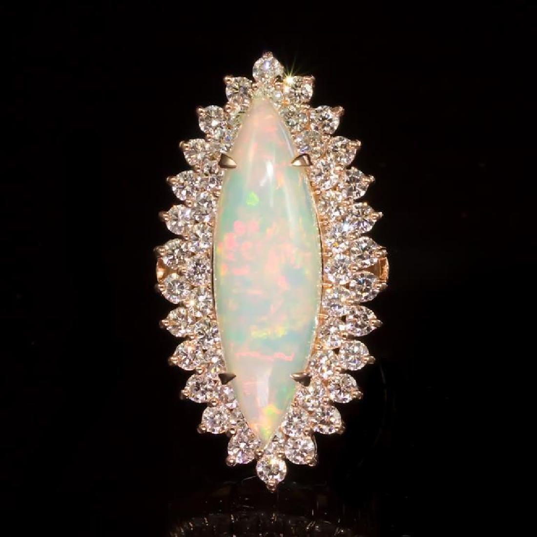 14K Gold 5,33ct Opal 2.85ct Diamond Ring