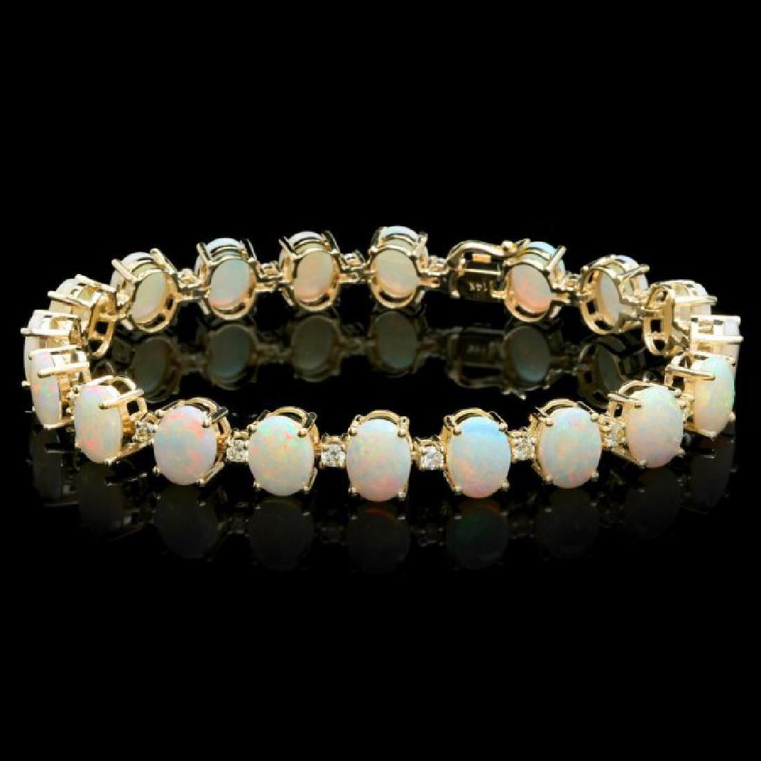 14k Gold 18.00ct Opal 1.50ct Diamond Bracelet