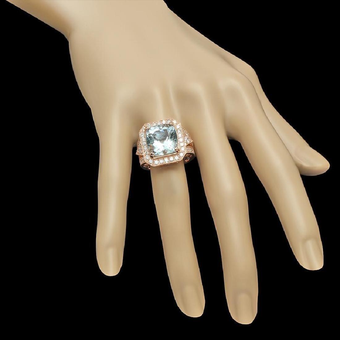 14K Gold 9.48ct Aquamarine & 2.10ct Diamond Ring - 3