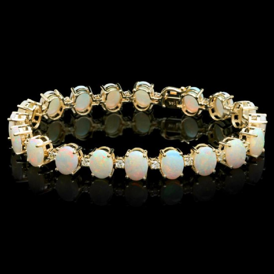 14k Gold 18.00ct Opal 1.50ct Diamond Bracelet