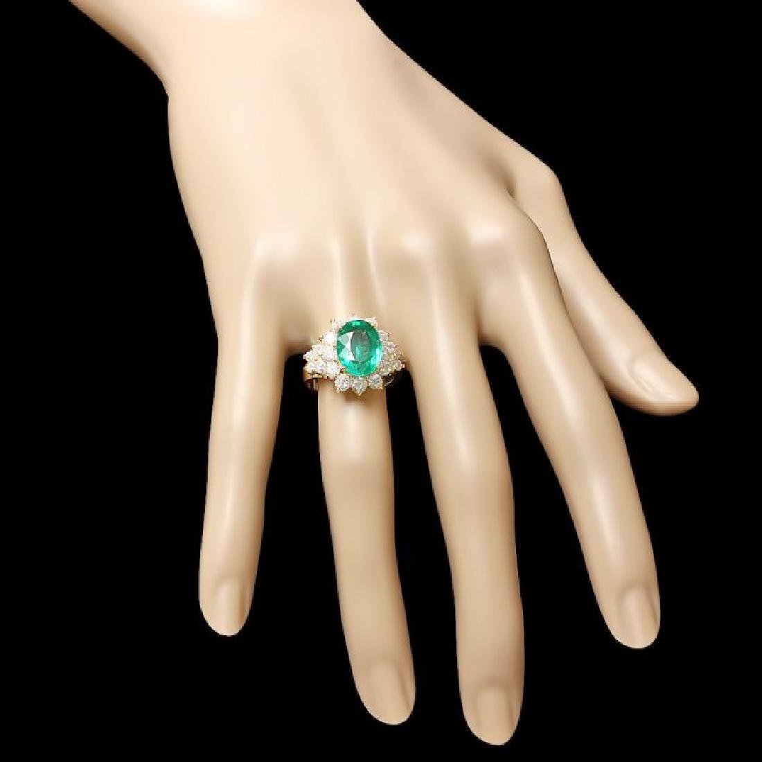 14k Gold 4.00ct Emerald 1.75ct Diamond Ring - 3