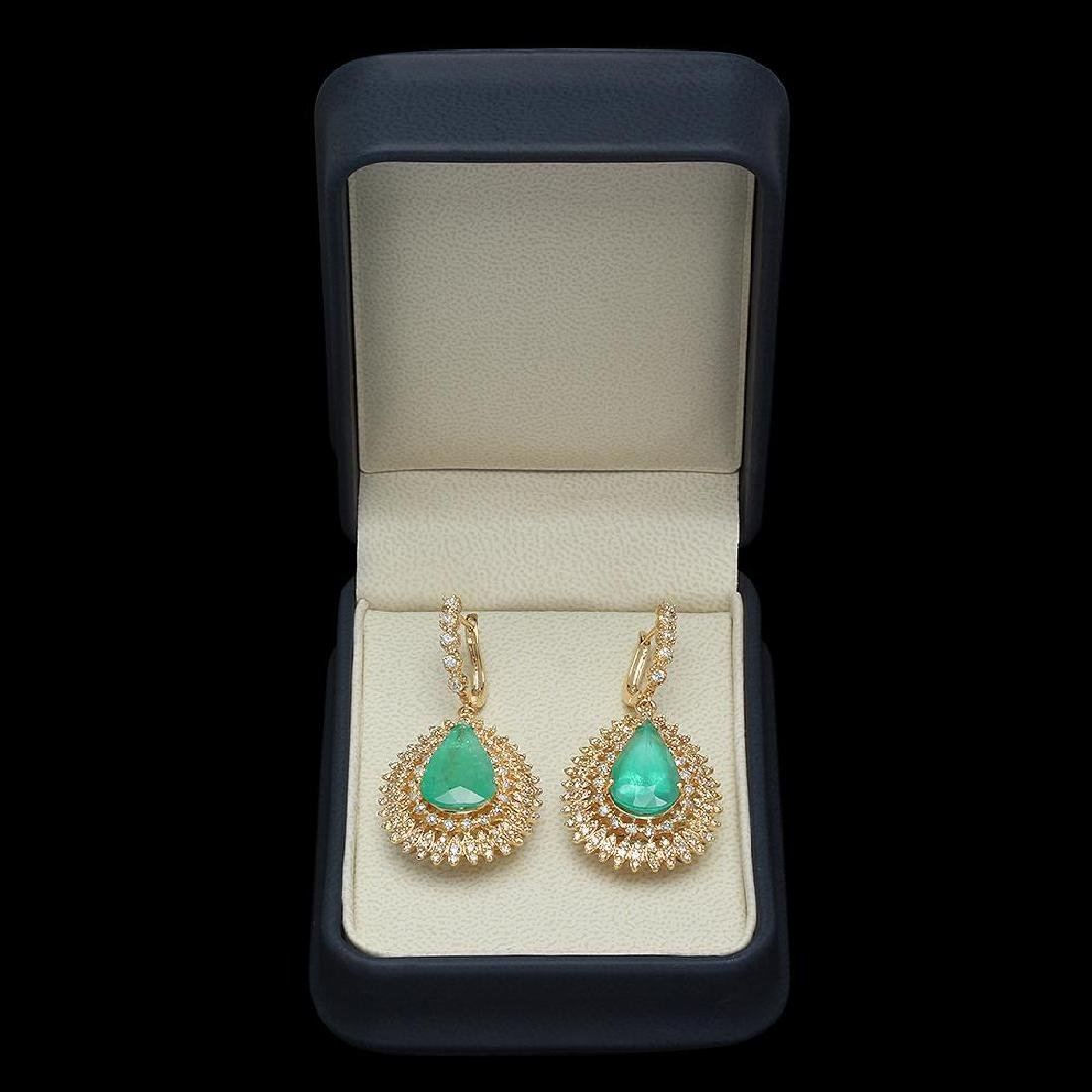 14K Gold 13.73ct Emerald 4.01ct Diamond Earrings - 3