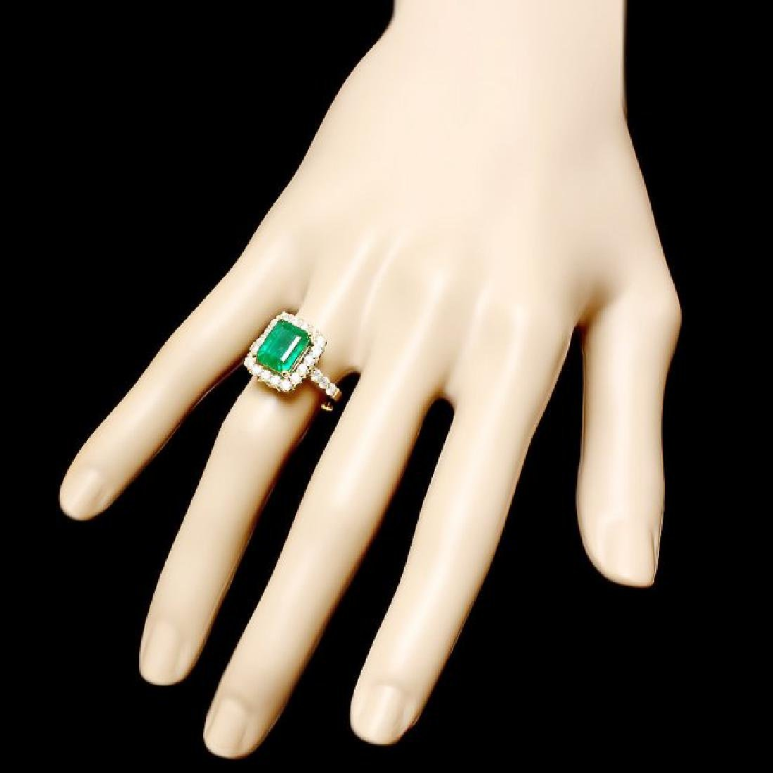 18k Yellow Gold 3.50ct Emerald 1ct Diamond Ring - 3