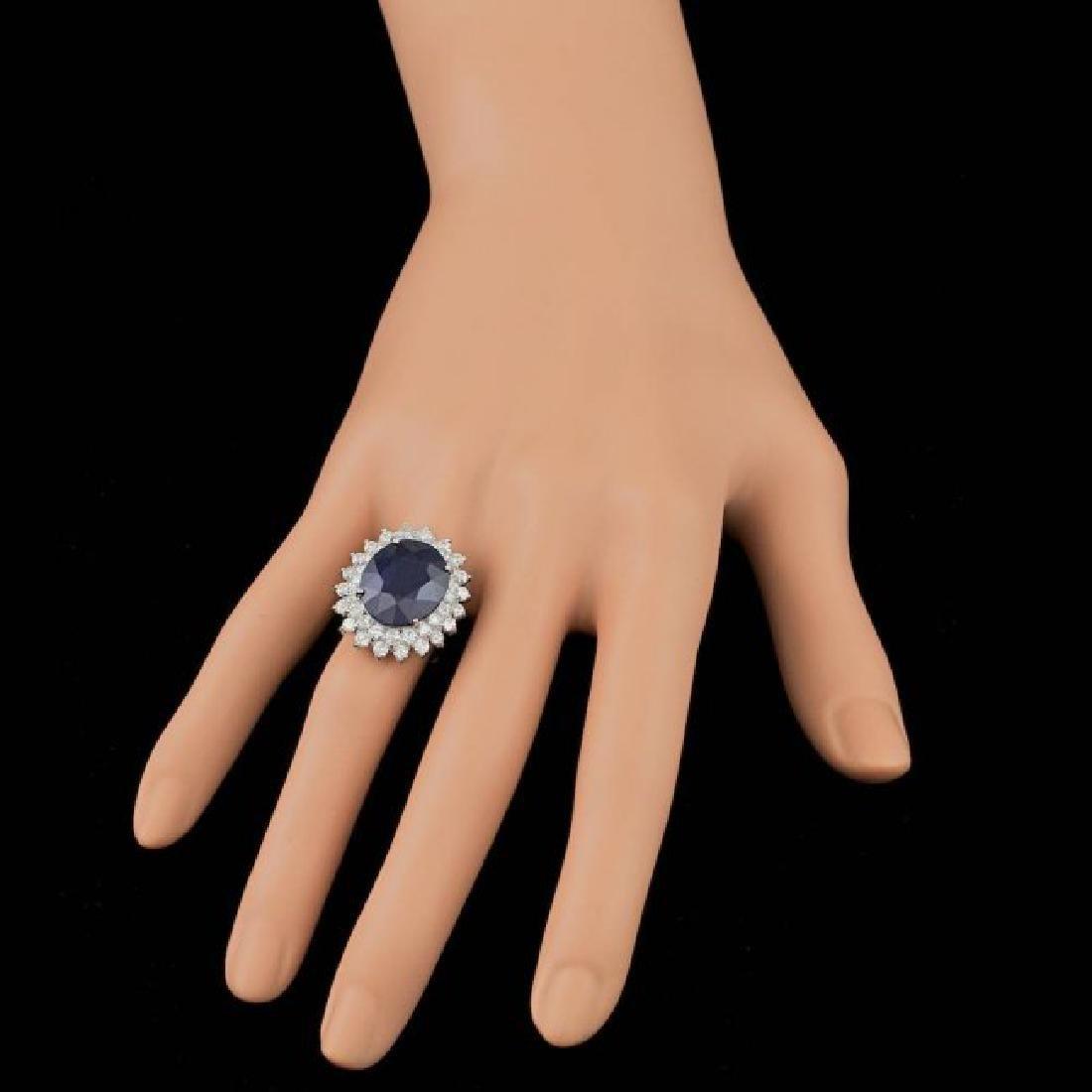 14k Gold 13.50ct Sapphire 2.25ct Diamond Ring - 3