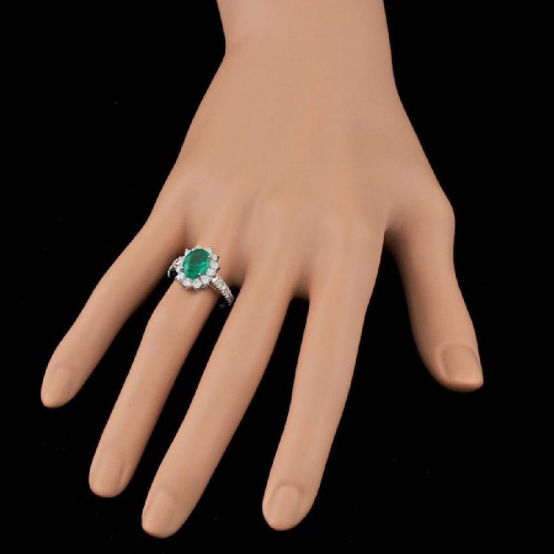 14k White Gold 1.70ct Emerald 0.90ct Diamond Ring - 3