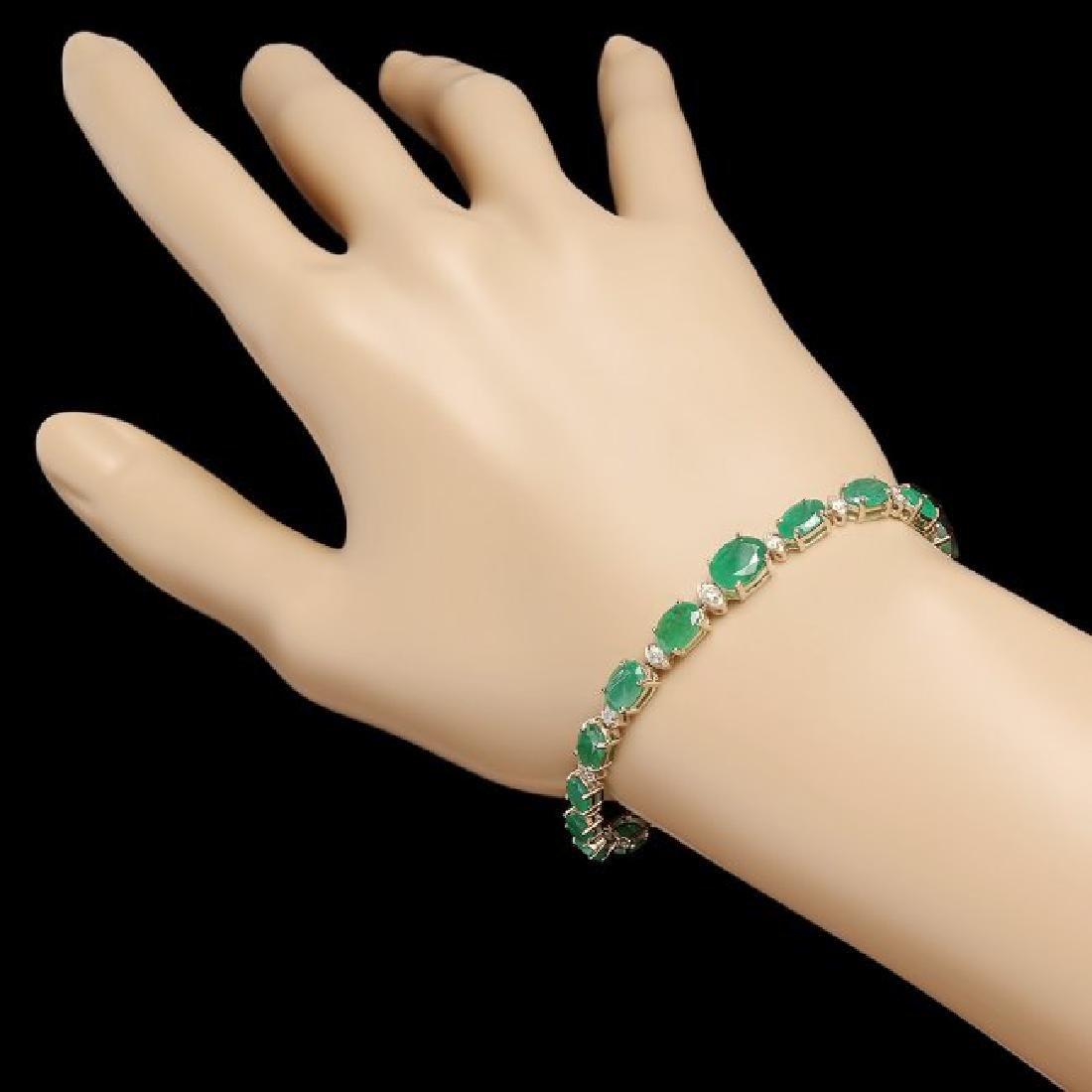 14k Gold 11.50ct Emerald 0.65ct Diamond Bracelet - 3