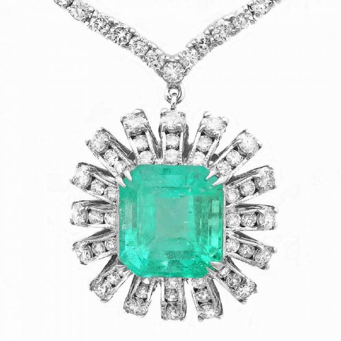 18k Gold 9.00ct Emerald 11ct Diamond Necklace - 2