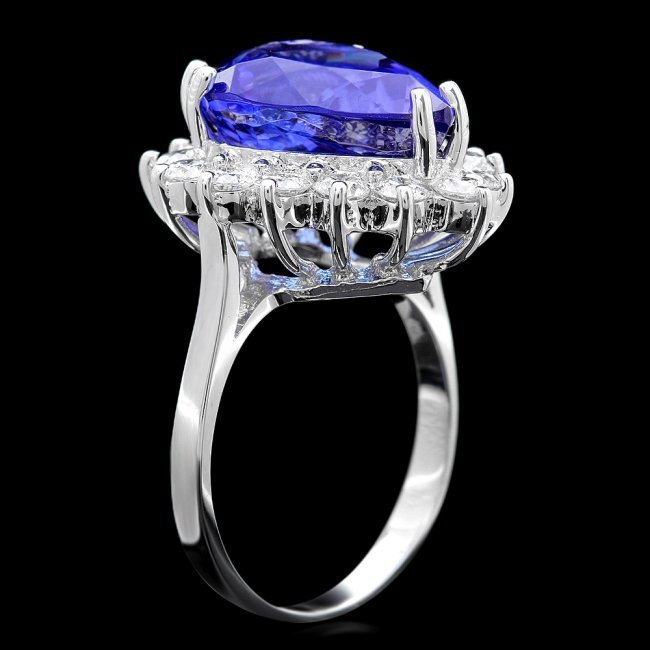 18k Gold 9.00ct Tanzanite 1.35ct Diamond Ring - 3