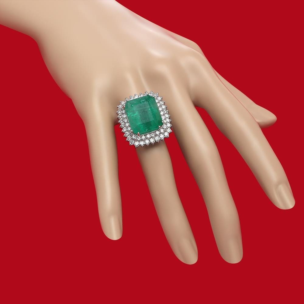 14K Gold 19.12 Emerald 2.75 Diamond Ring - 3
