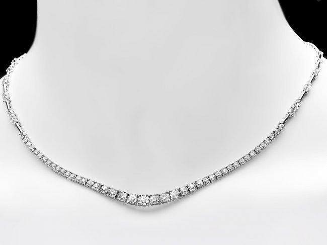 18k White Gold 5.80ct Diamond Necklace - 5